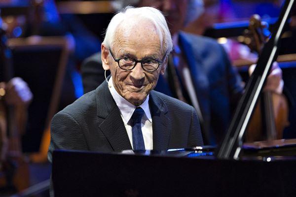 Komponisten Bent Fabricius-Bjerre ved sin 90-års fødselsdag