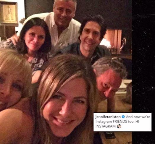 """Jennifer Anistons Instagram, hvor alle de gamle """"Venner"""" er med."""