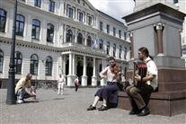 Musikanter på torv i Riga Letland