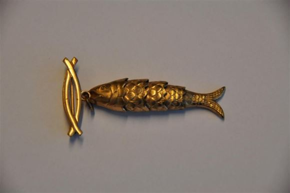 broche formet en fisk