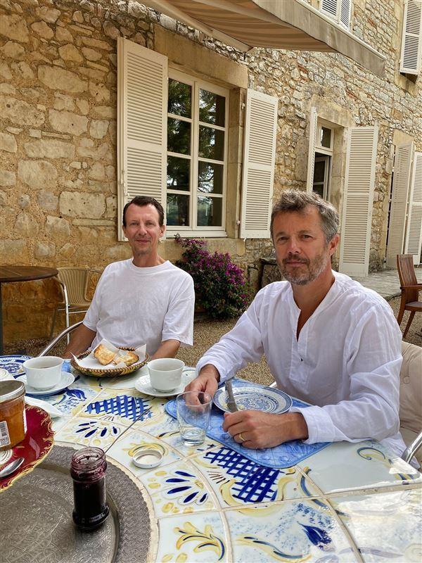 Prins Joachim og kronprins Frederik på Château de Cayx