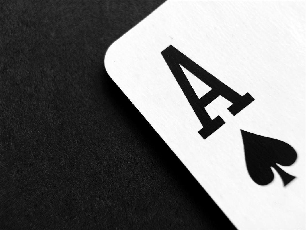 Udsnit af et spillekort - spar es