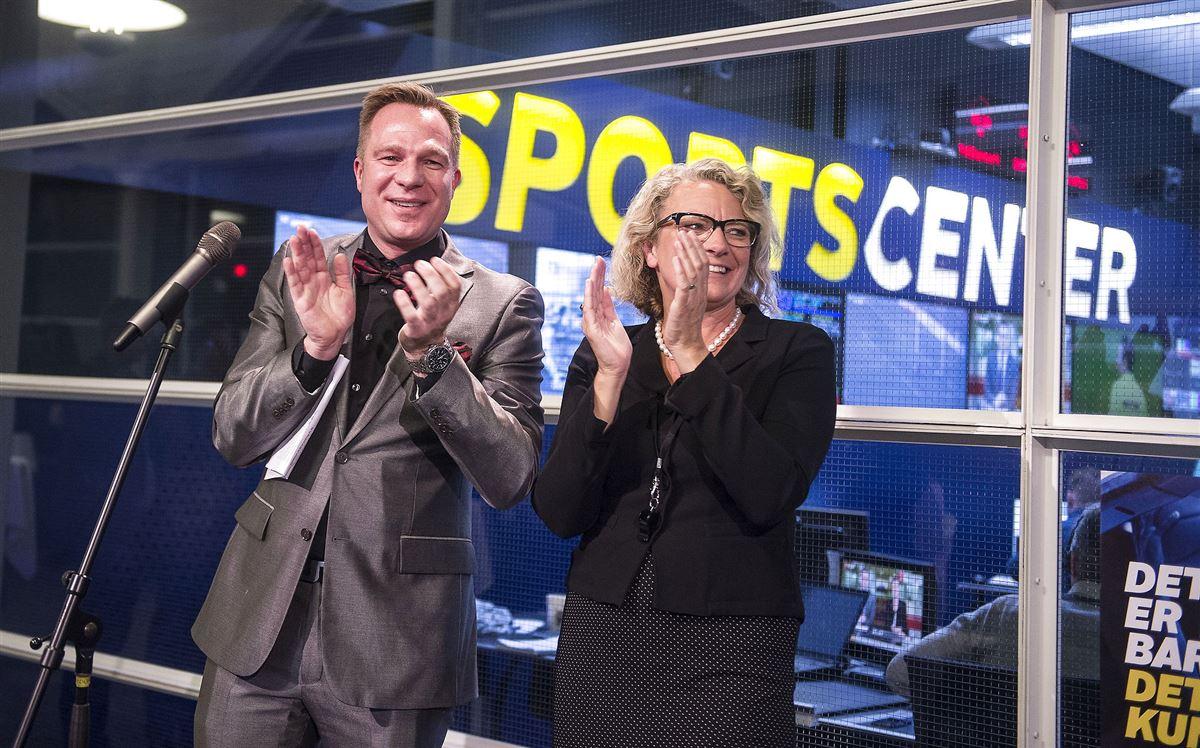 TV2 Sportens chef Frederik Lauesen sammen med daværende direktør for TV2, Merete Eldrup