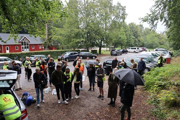 Frivillige fra organisationen Missing People skal i gang med at lede efter en forsvunden 21-årig pige i Marselisskoven ved Aarhus