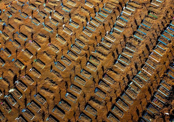 Billede af grave i brasilien
