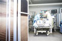To læger på intensivafdeling