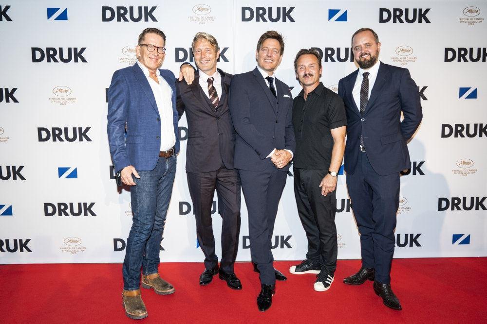 Thomas Bo Larsen, Mads Mikkelsen, Thomas Vinterberg, Lars Ranthe og Magnus Millang.