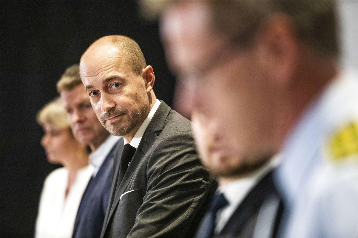 Magnus Heunicke i fokus på et pressemøde