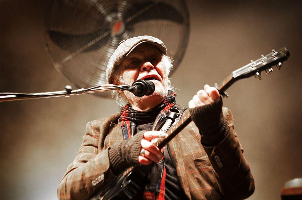 Kim Larsen under en koncert