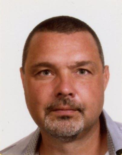 Nærbillede af en mand med skæg