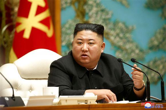 Kim Jong-un i lænestol på kongres.