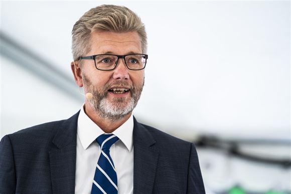 Frank Jensen i slips og habit