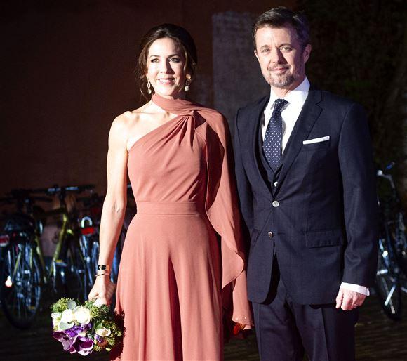 Mary og Frederik ankommer sidste år til deres egen prisoverrækkelse