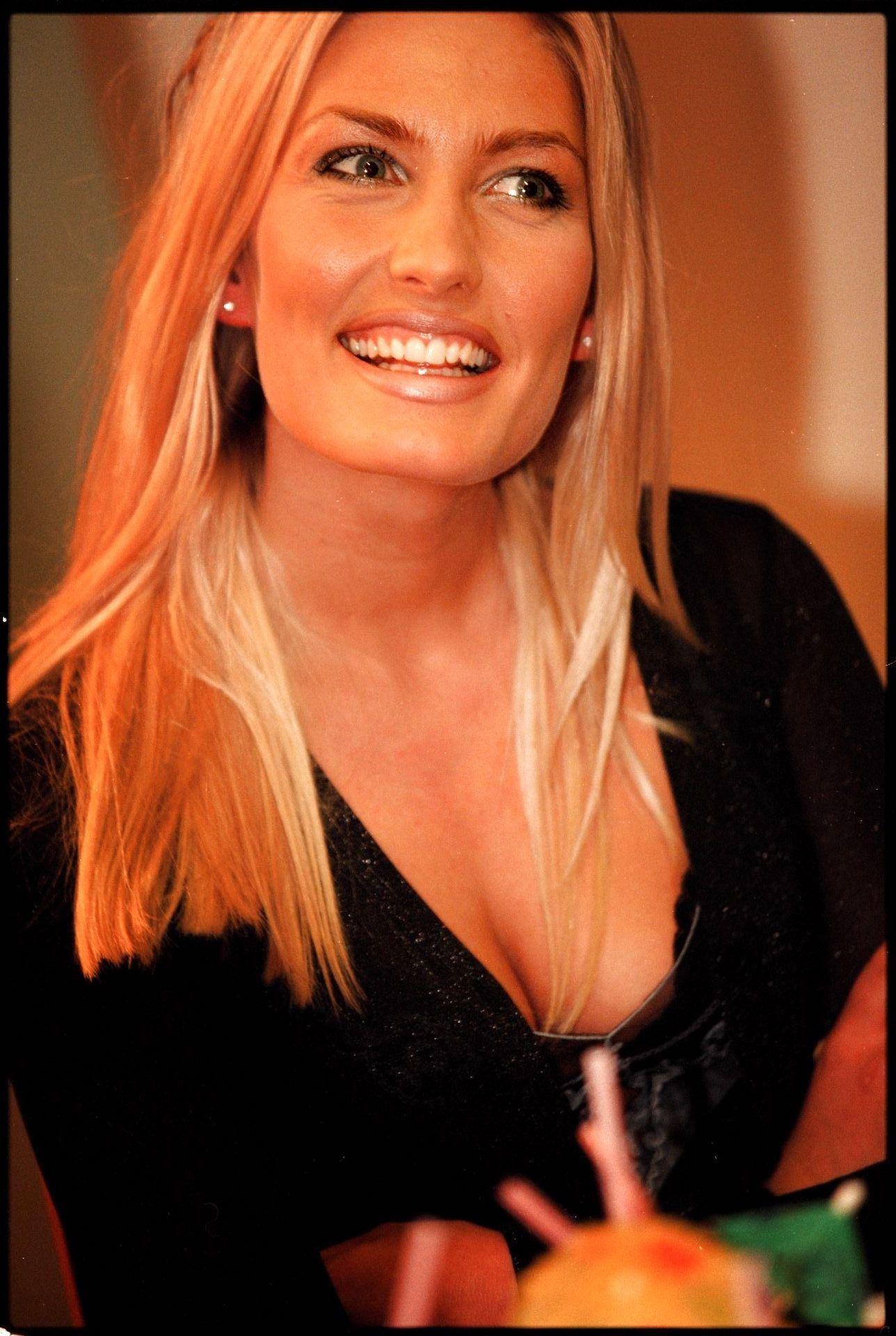 En smilende Tina Kjær