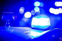 Blå blink top toppen af politibil