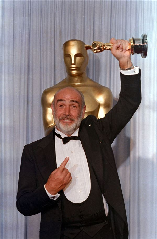 Sean Connery med Oscar-statuette