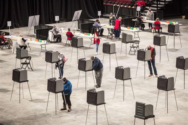 Stemmebokse med stor afstand