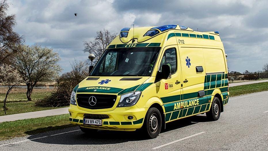 ambulance på landevej
