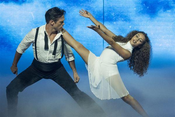 Olivia og Silas Holst danser