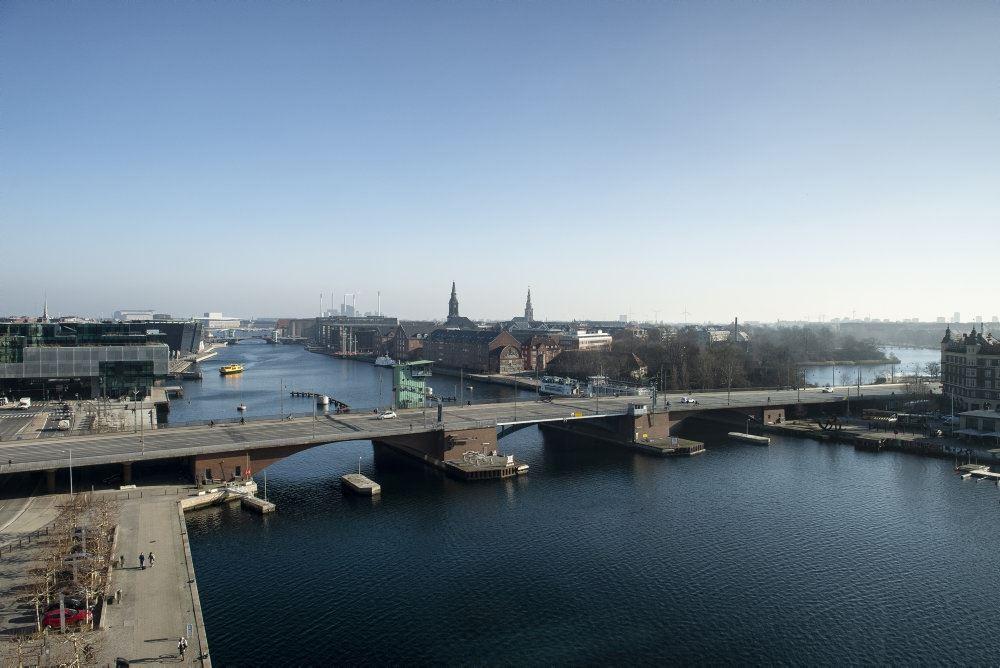 langebro i københavn set fra luften