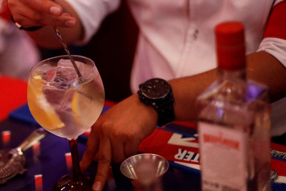 billede af et glas med gin