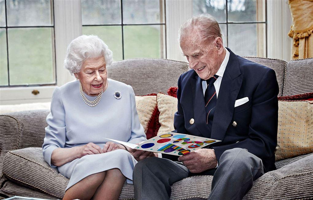 billede af dronning Elizabeth og prins Philip