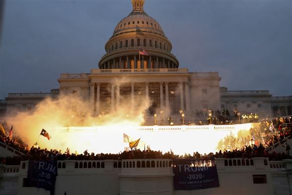 uroligheder foran den amerikanske kongres