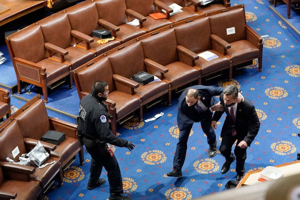 politikere evakueres fra den amerikanske kongres