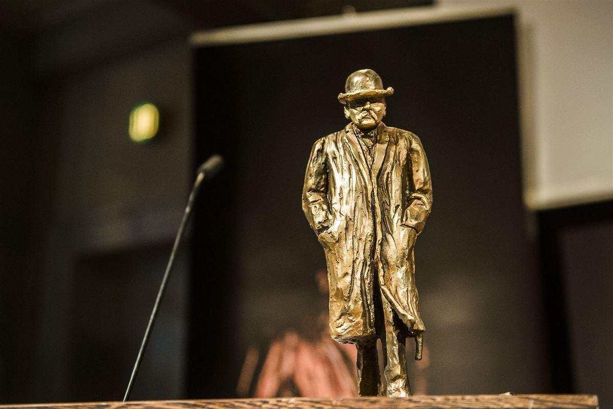 statuette af Cavling Prisen