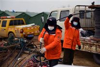 redningsarbejdere ved mine i kina