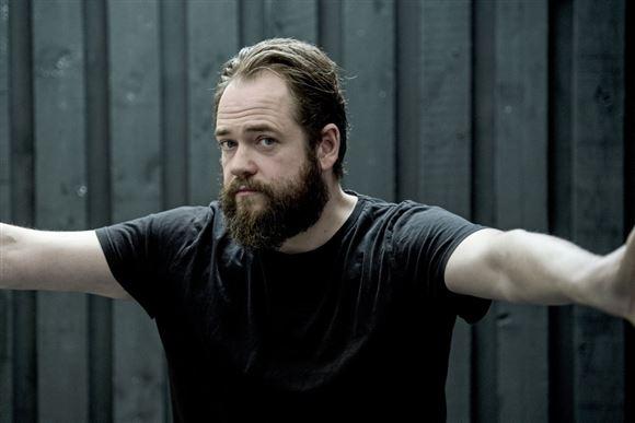 skuespilleren Esben Dalgaard i gang med at træne