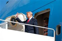 Trump forlader Air Force One