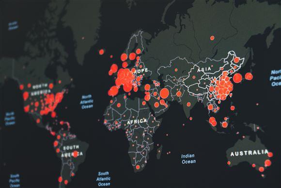 verdenskort med røde prikker