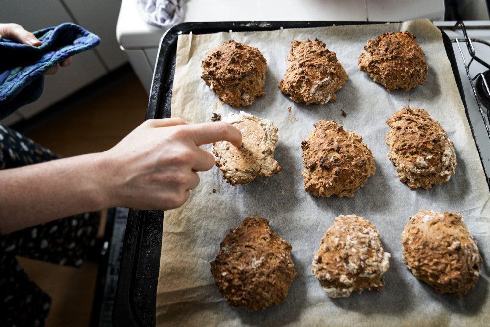 Bradepande med bagværk