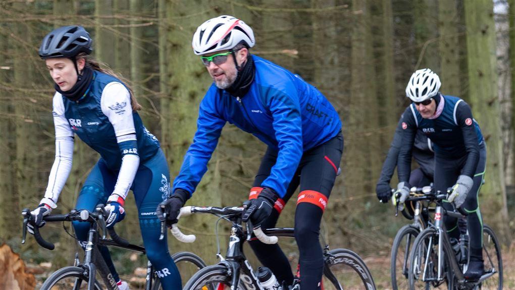 Kronprins Frederik og de skadede veteraner i sadlen på landevejen