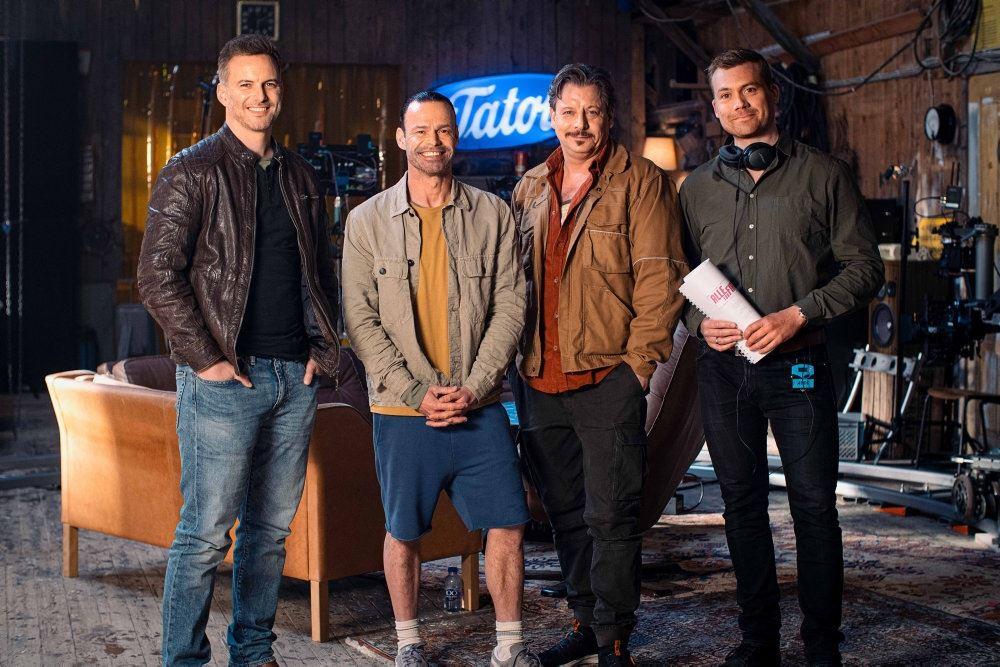 fire skuespillere poserer