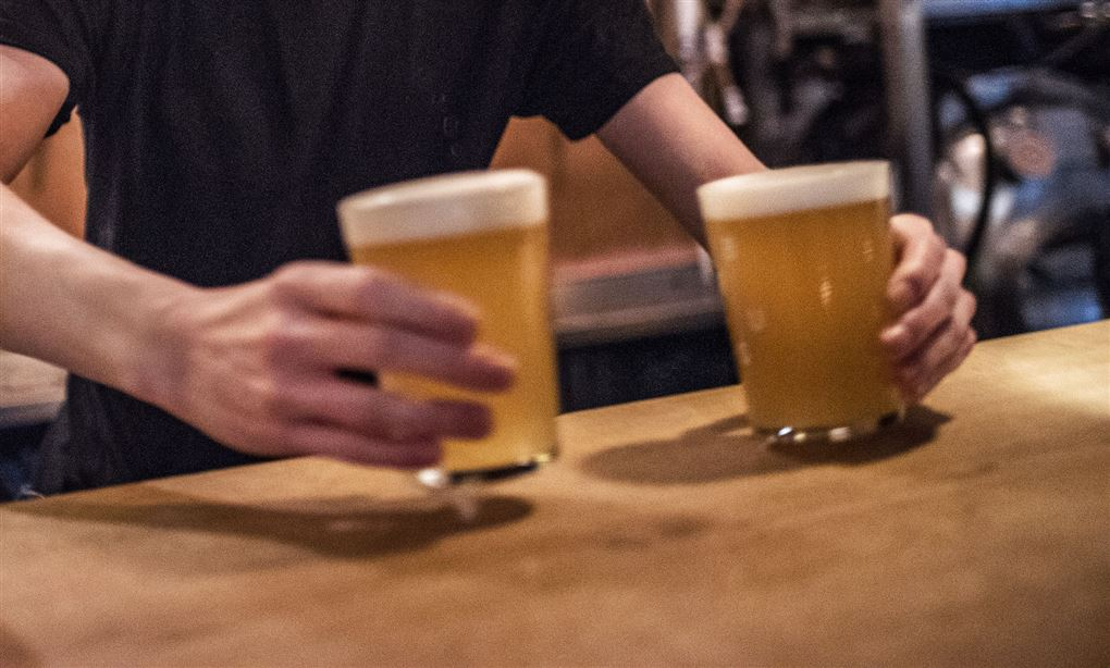 to øl serveres
