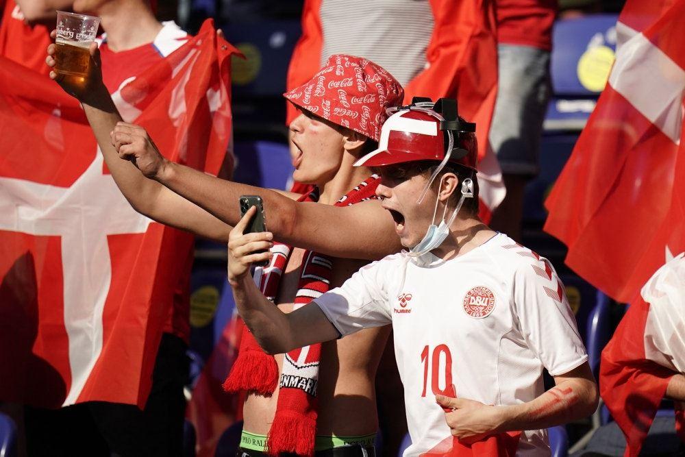 billede af danske tilskuere