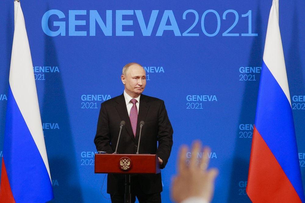Putin på pressemøde