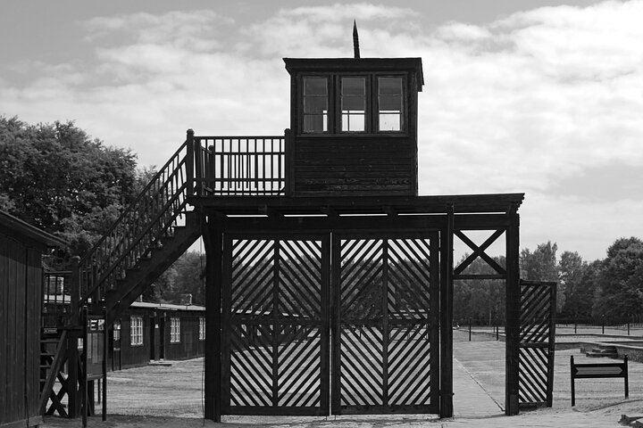 Indgang til KZ-lejr.