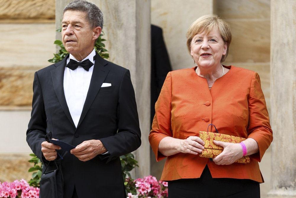 Angela Merkel med mand