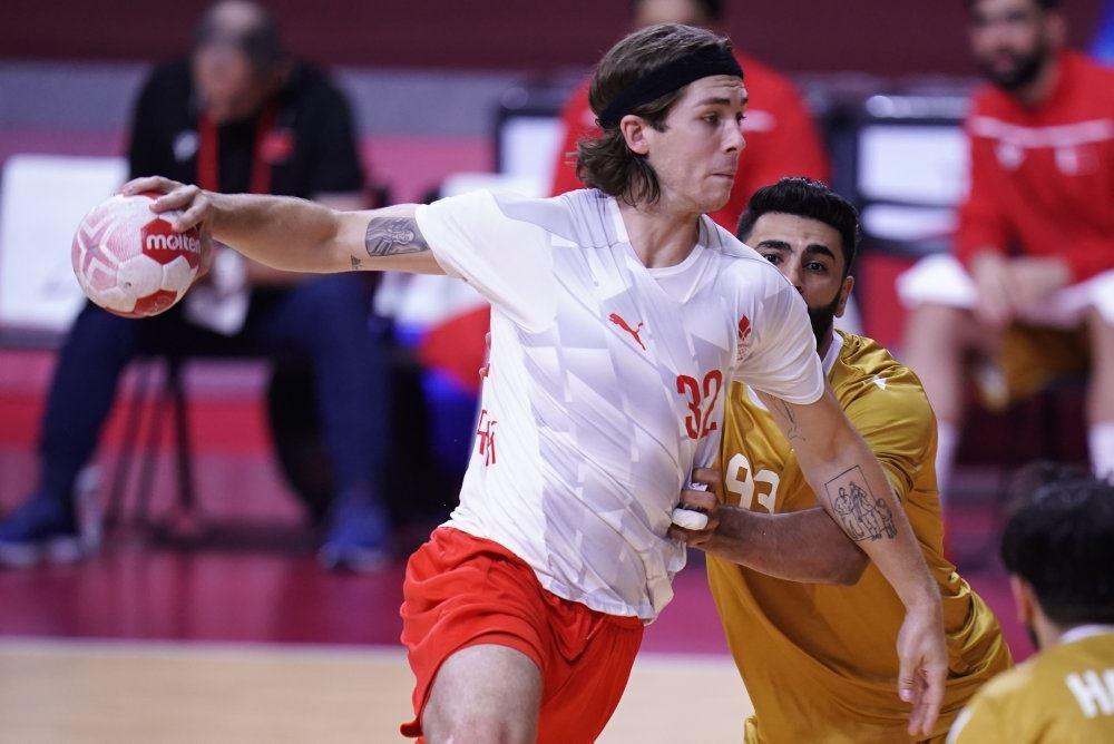 dansk håndboldspiller i aktion