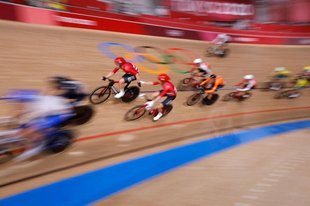 cykelryttere på banen