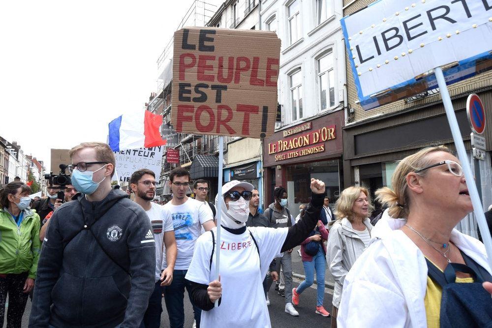demonstranter på gaden i frankrig