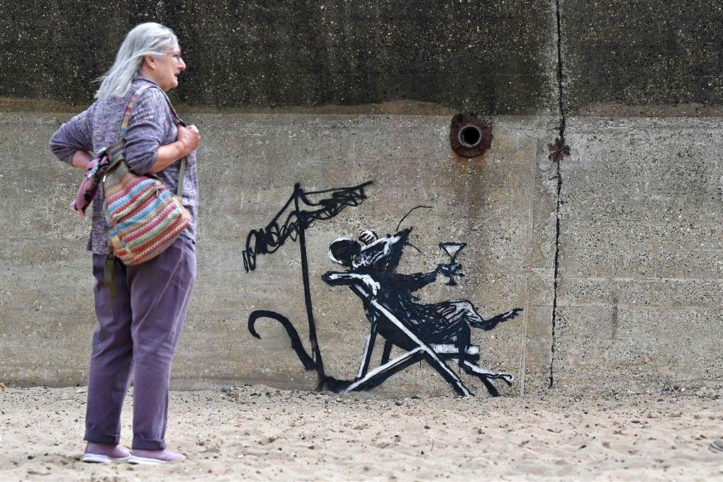 kunstværk på strand