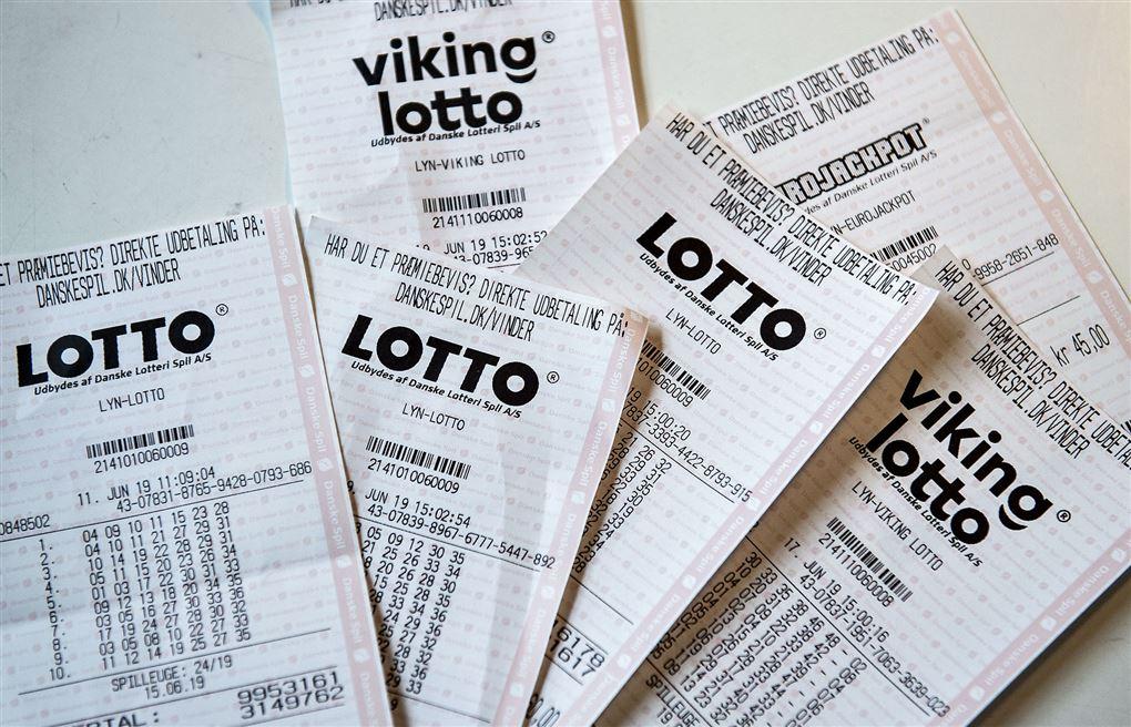 lottokuponer på bord
