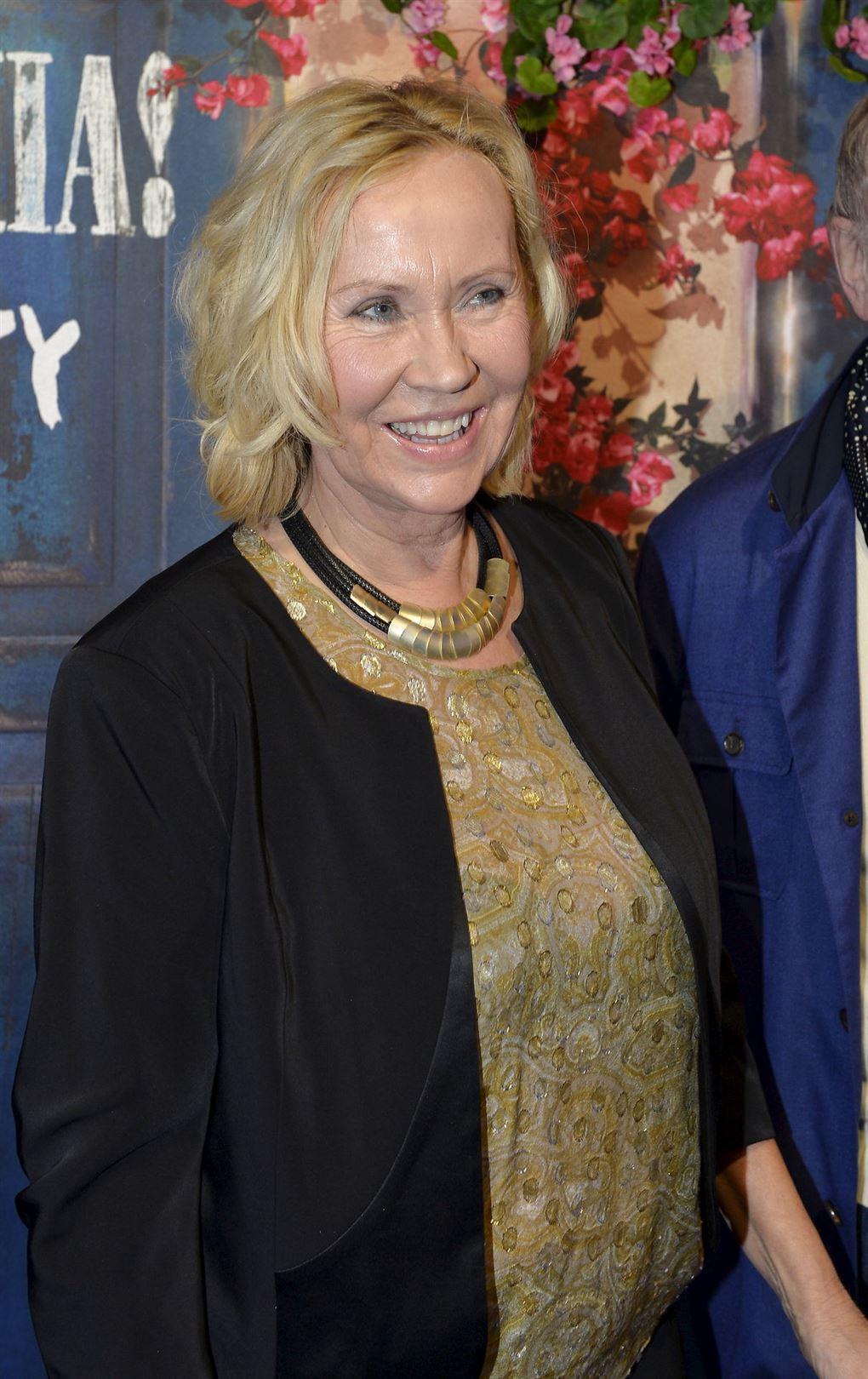 En ældre blond kvinde