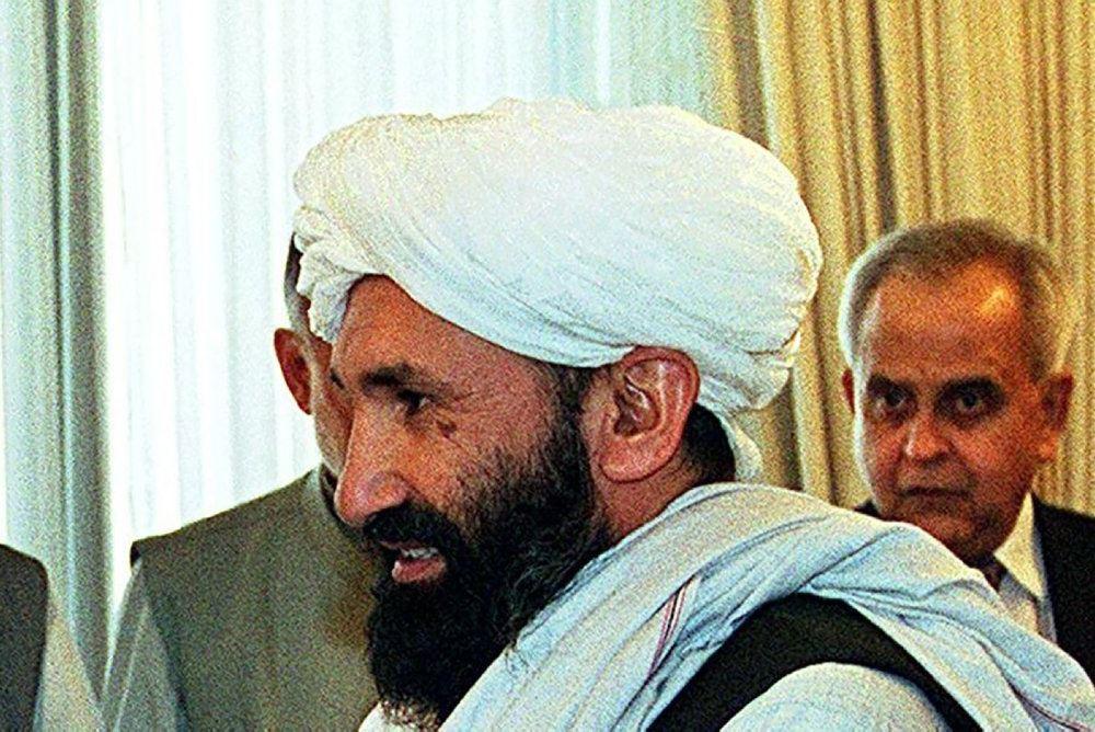 Mullah Mohammad Hassan Akhund. Billedet er fra et besøg i Pakistan i 1999