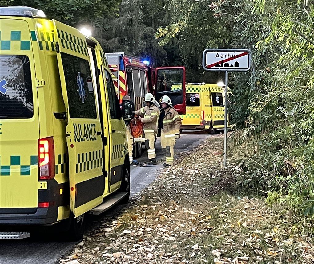 ambulancer på stedet