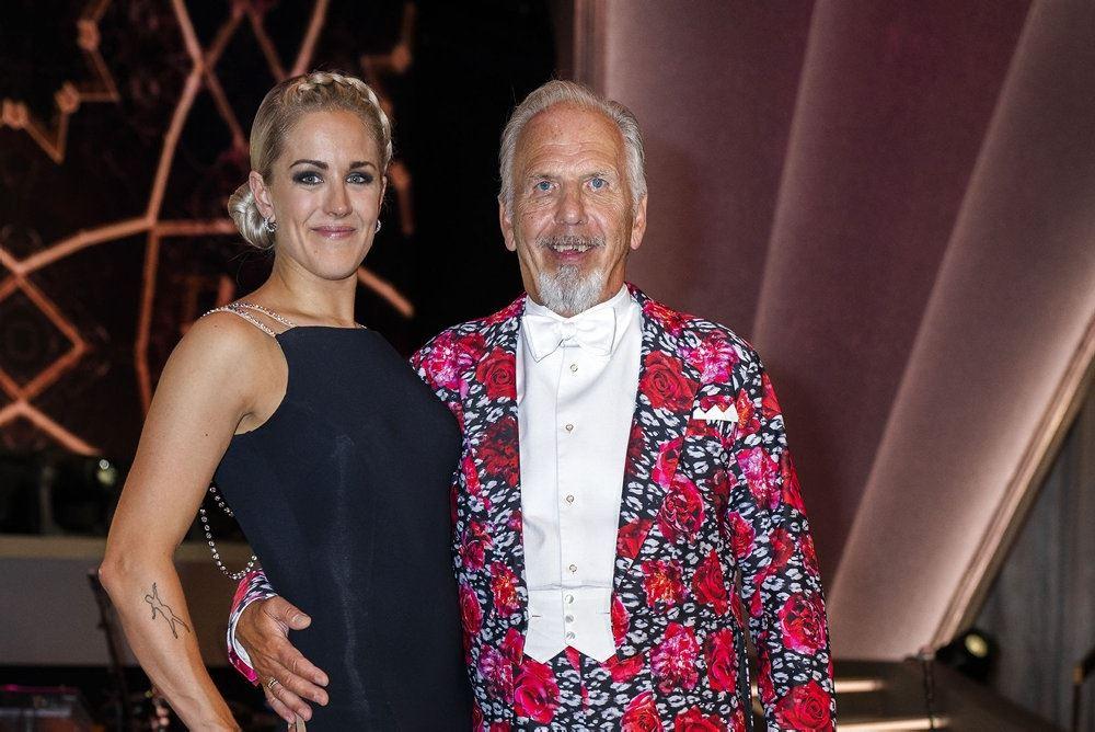 jacob haugaard  og danseren Camilla Dalsgaard poserer